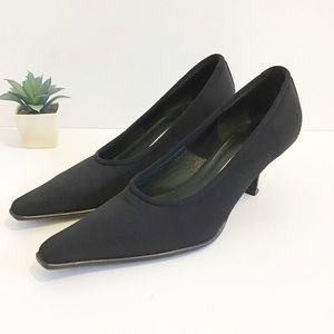 DONALD J. PLINER Lupe fabric heels size 6.5 M